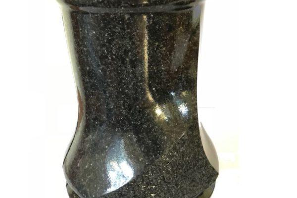 Akmeina-vazos-kapavietei-002